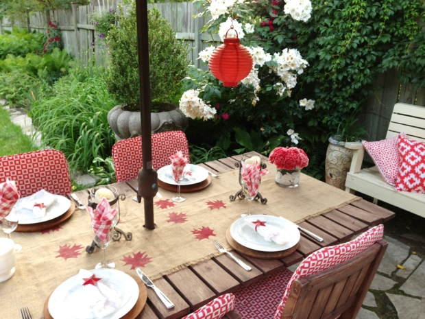 canada day table seting