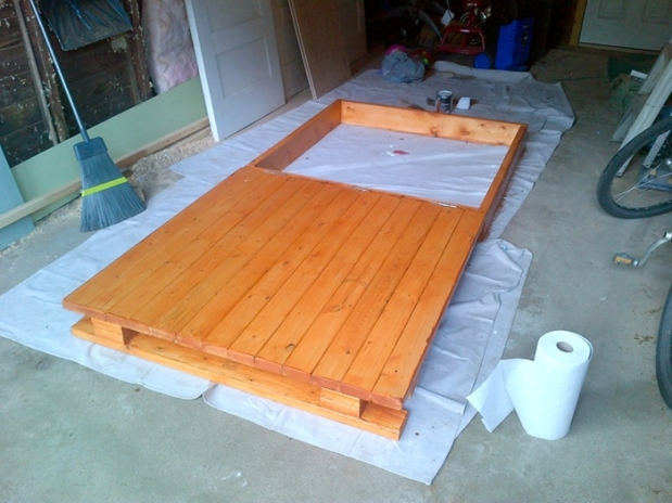 DIY Wooden Sandbox 6