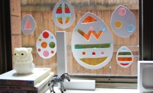 Main_easter_window_decorations_476x290
