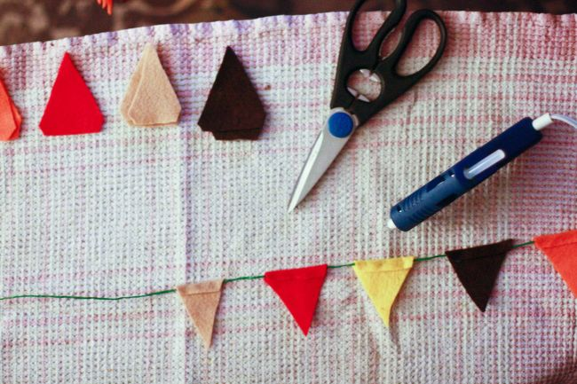 DIY: Thanksgiving bunting